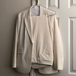 Off white New York and Company women's suit,